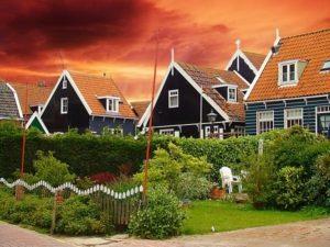 Если наследство дом или земельный участок
