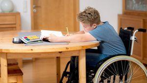 Размер и правила расчета досрочной пенсии родителям детей-инвалидов