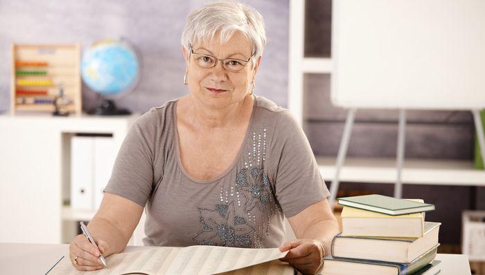 Досрочный выход на пенсию для женщин в 53, мужчин 58