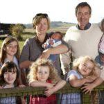 Льготы от статуса многодетной семьи: как их получить?