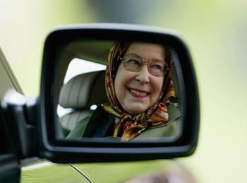 бабуля за рулём