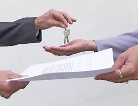 Договор безвозмездного пользования жилым помещением подразумевает передачу жилплощади другому лицу, без оплаты, но на определенных условиях