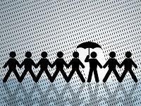 страхование жизни-один человек под зонтом