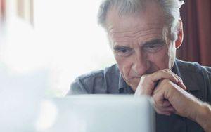 Назначение муниципальным служащим пенсии по старости