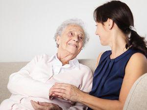 Оплата социальной помощи пожилым людям