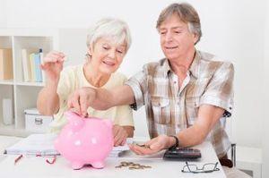 Кому положена доплата к пенсии за иждивенцев (детей и других родственников)
