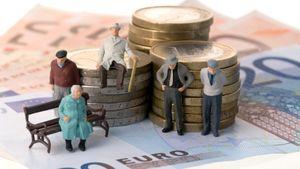 Средняя пенсия в России по профессиям