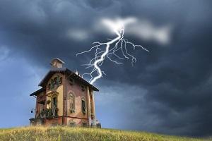 страховка от удара молнии